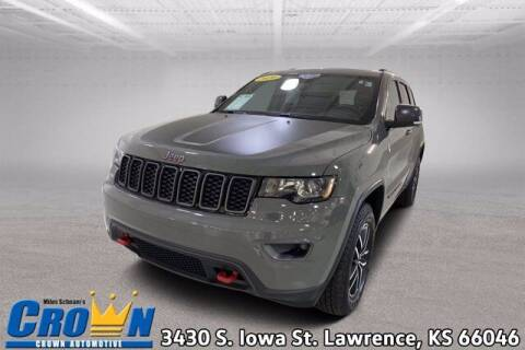 2020 Jeep Grand Cherokee for sale at Crown Automotive of Lawrence Kansas in Lawrence KS