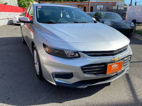 2018 Chevrolet Malibu for sale at TOP SHELF AUTOMOTIVE in Newark NJ