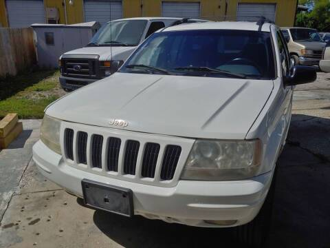 1999 Jeep Grand Cherokee for sale at Autos by Tom in Largo FL