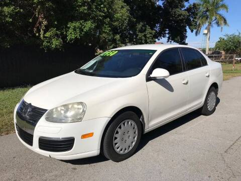 2007 Volkswagen Jetta for sale at LA Motors Miami in Miami FL