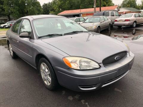 2006 Ford Taurus for sale at Wise Investments Auto Sales in Sellersburg IN