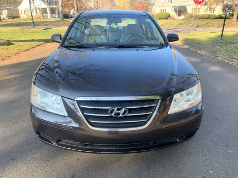 2009 Hyundai Sonata for sale at Via Roma Auto Sales in Columbus OH