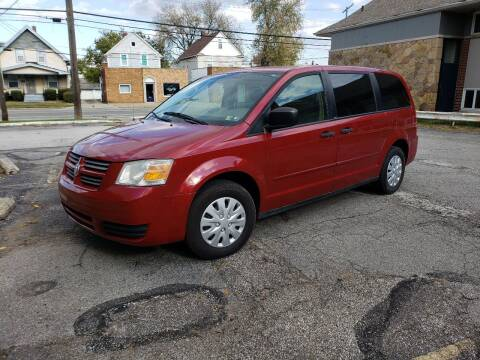 2008 Chrysler Town and Country for sale at USA AUTO WHOLESALE LLC in Cleveland OH
