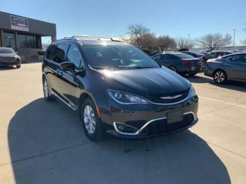2019 Chrysler Pacifica for sale at KIAN MOTORS INC in Plano TX
