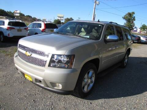 2013 Chevrolet Suburban for sale at Auto Plaza Motors in Pittsburg TX