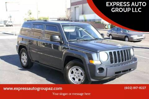 2008 Jeep Patriot for sale at EXPRESS AUTO GROUP in Phoenix AZ