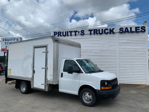 2014 Chevrolet Express Cutaway for sale at Pruitt's Truck Sales in Marietta GA