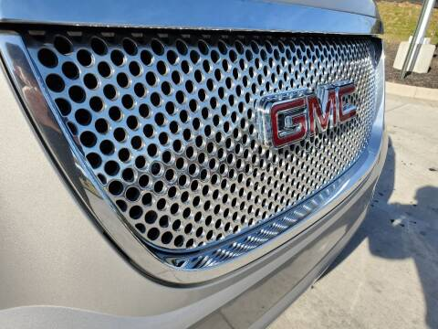 2007 GMC Yukon XL for sale at M & M Auto Brokers in Chantilly VA