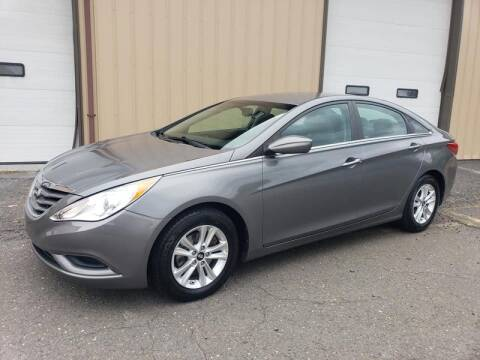 2013 Hyundai Sonata for sale at Massirio Enterprises in Middletown CT