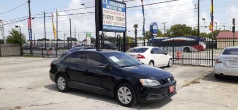 2011 Volkswagen Jetta for sale at S.A. BROADWAY MOTORS INC in San Antonio TX