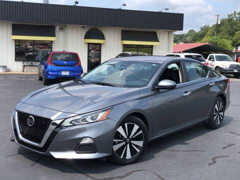 2021 Nissan Altima for sale at J & L AUTO SALES in Tyler TX