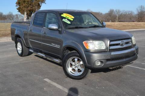 2006 Toyota Tundra for sale at GLADSTONE AUTO SALES    GUARANTEED CREDIT APPROVAL in Gladstone MO