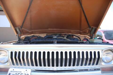 1974 Jeep J-10 Pickup
