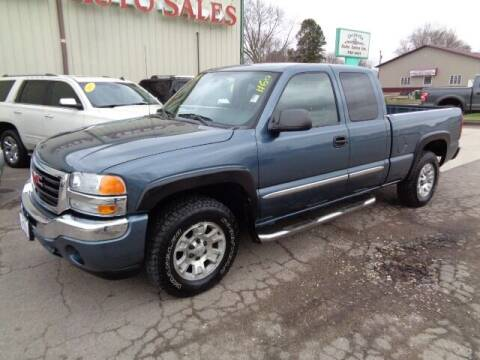 2006 GMC Sierra 1500 for sale at De Anda Auto Sales in Storm Lake IA