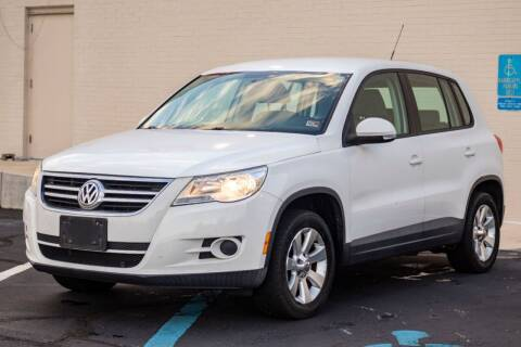 2010 Volkswagen Tiguan for sale at Carland Auto Sales INC. in Portsmouth VA