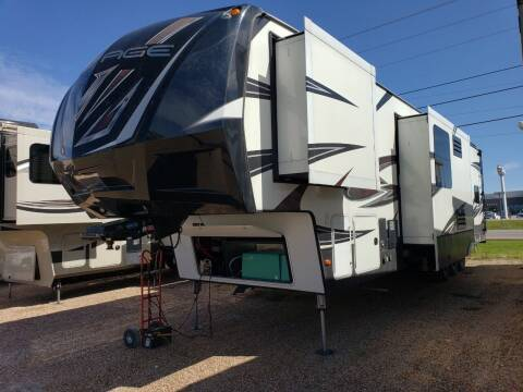 2017 Keystone Voltage epic 3890 for sale at Ultimate RV in White Settlement TX