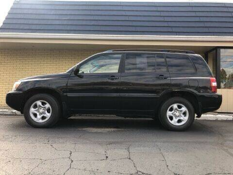 2004 Toyota Highlander for sale at First Choice Auto Sales in Rock Island IL