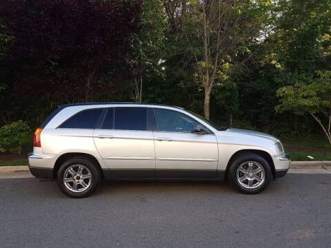 2004 Chrysler Pacifica for sale at M & M Auto Brokers in Chantilly VA