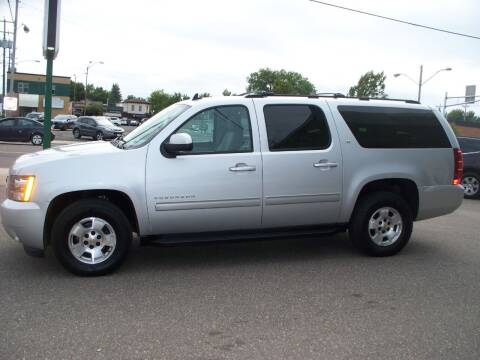 2013 Chevrolet Suburban for sale at North Metro Auto Sales in Cambridge MN