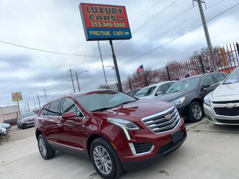 2017 Cadillac XT5 for sale at Dymix Used Autos & Luxury Cars Inc in Detroit MI