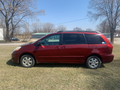 2006 Toyota Sienna for sale at Velp Avenue Motors LLC in Green Bay WI
