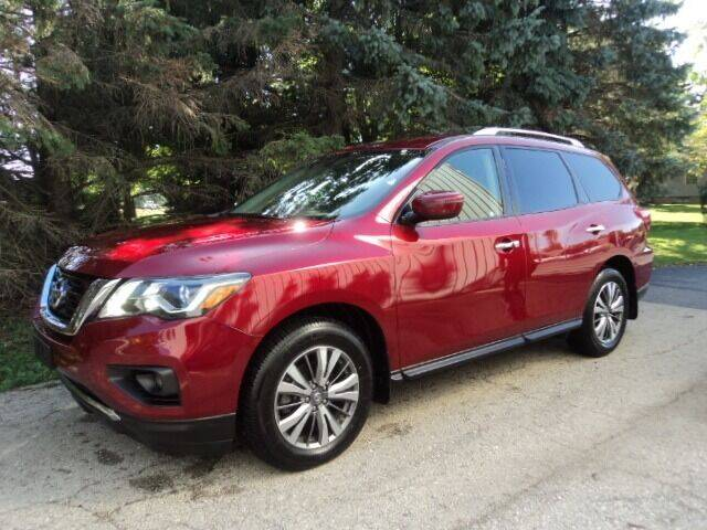 2018 Nissan Pathfinder for sale at HUSHER CAR CO in Caledonia WI