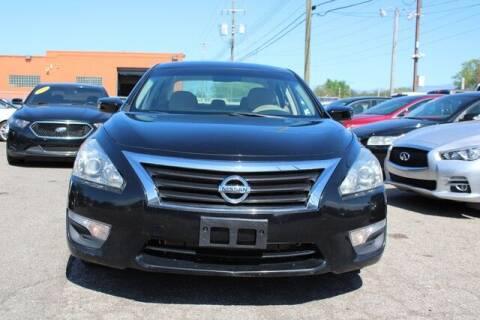 2015 Nissan Altima for sale at Road Runner Auto Sales WAYNE in Wayne MI
