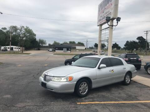 1998 Lincoln Town Car for sale at Patriot Auto Sales in Lawton OK