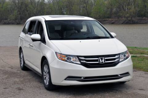 2016 Honda Odyssey for sale at Auto House Superstore in Terre Haute IN