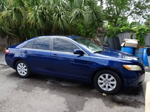 2007 Toyota Camry for sale at DONNY MILLS AUTO SALES in Largo FL