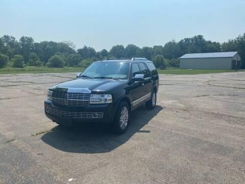 2009 Lincoln Navigator for sale at Caruzin Motors in Flint MI