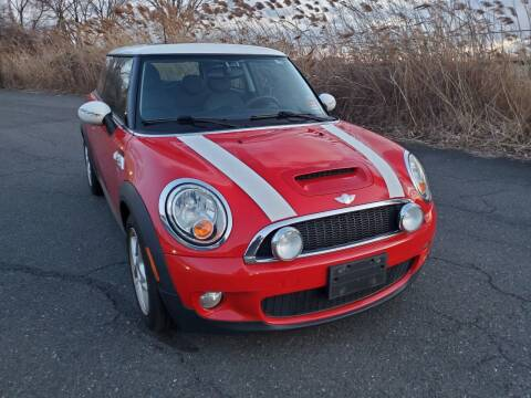 2007 MINI Cooper for sale at Innovative Auto Group in Little Ferry NJ
