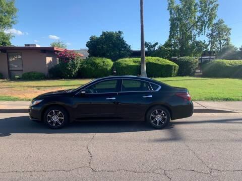 2016 Nissan Altima for sale at Premier Motors AZ in Phoenix AZ