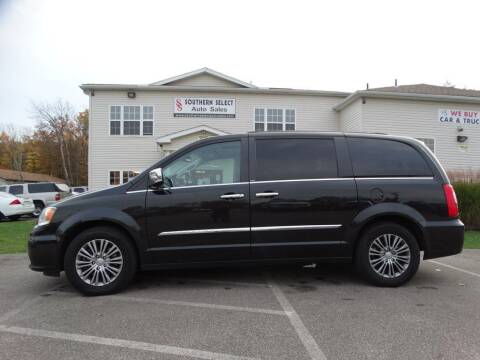 2014 Chrysler Town and Country for sale at SOUTHERN SELECT AUTO SALES in Medina OH