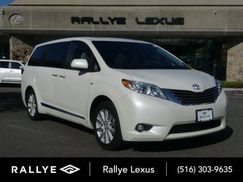 2017 Toyota Sienna for sale at RALLYE LEXUS in Glen Cove NY