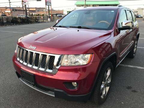 2013 Jeep Grand Cherokee for sale at MAGIC AUTO SALES in Little Ferry NJ
