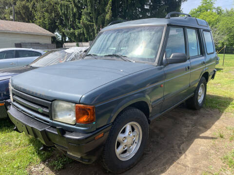 1996 Land Rover Discovery for sale at Trocci's Auto Sales in West Pittsburg PA