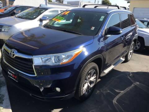 2014 Toyota Highlander for sale at Auto Max of Ventura in Ventura CA