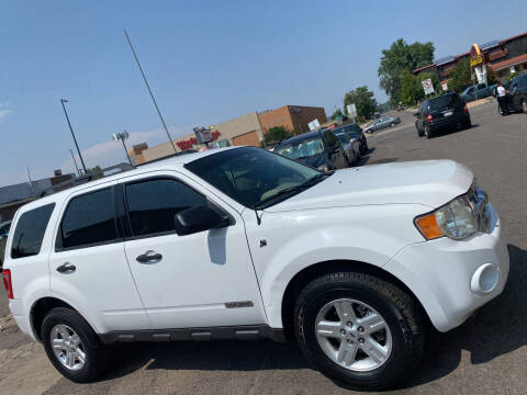 2008 Ford Escape Hybrid for sale at Sanaa Auto Sales LLC in Denver CO