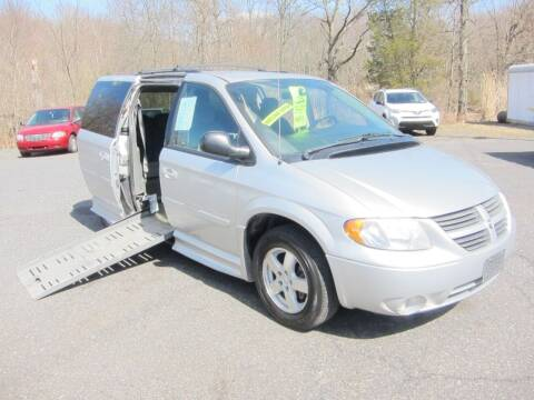 2006 Dodge Grand Caravan for sale at K & R Auto Sales,Inc in Quakertown PA