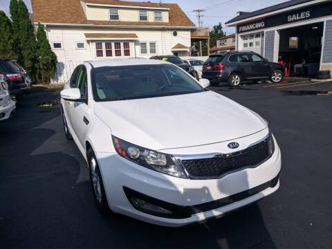 2013 Kia Optima for sale at CLASSIC MOTOR CARS in West Allis WI