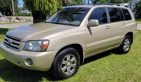"2004 Toyota Highlander for sale at WHEELS ""R"" US 2017 LLC in Hudson FL"