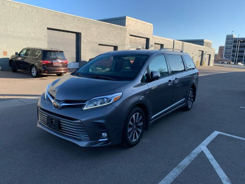 2019 Toyota Sienna for sale at The Car Buying Center in St Louis Park MN