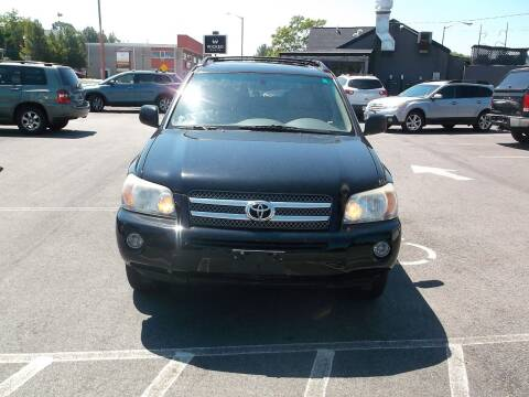 2006 Toyota Highlander Hybrid for sale at sharp auto center in Worcester MA