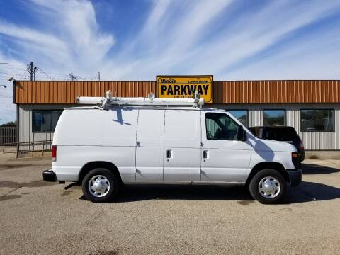 2012 Ford E-Series Cargo for sale at Parkway Motors in Springfield IL