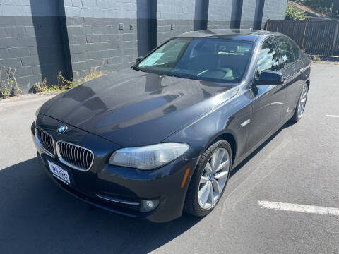 2011 BMW 5 Series for sale at APX Auto Brokers in Lynnwood WA