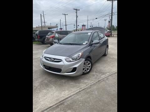 2014 Hyundai Accent for sale at FREDY USED CAR SALES in Houston TX