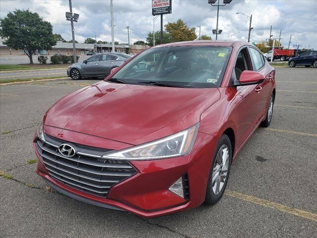 2020 Hyundai Elantra for sale at Auto Connection in Manassas VA