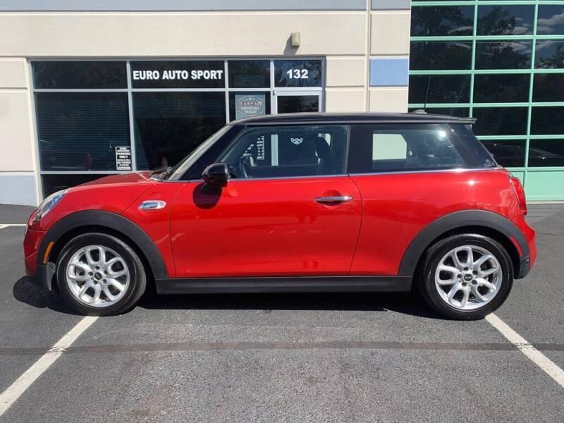2018 MINI Hardtop 2 Door for sale at Euro Auto Sport in Chantilly VA