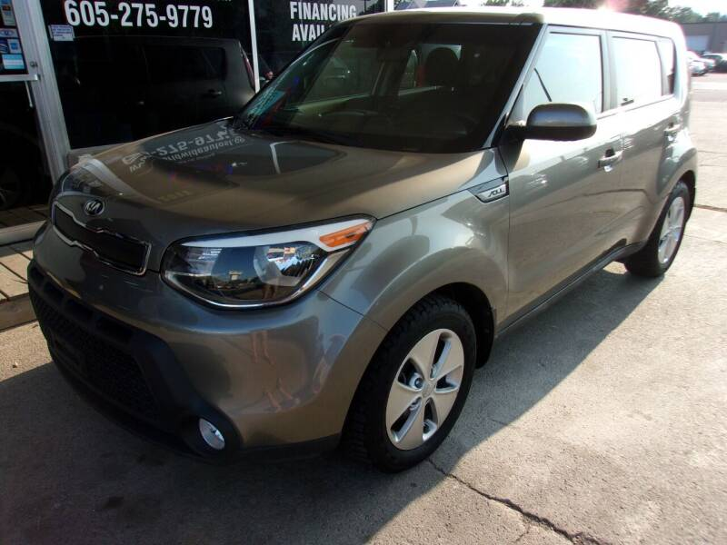 2015 Kia Soul for sale at World Wide Automotive in Sioux Falls SD